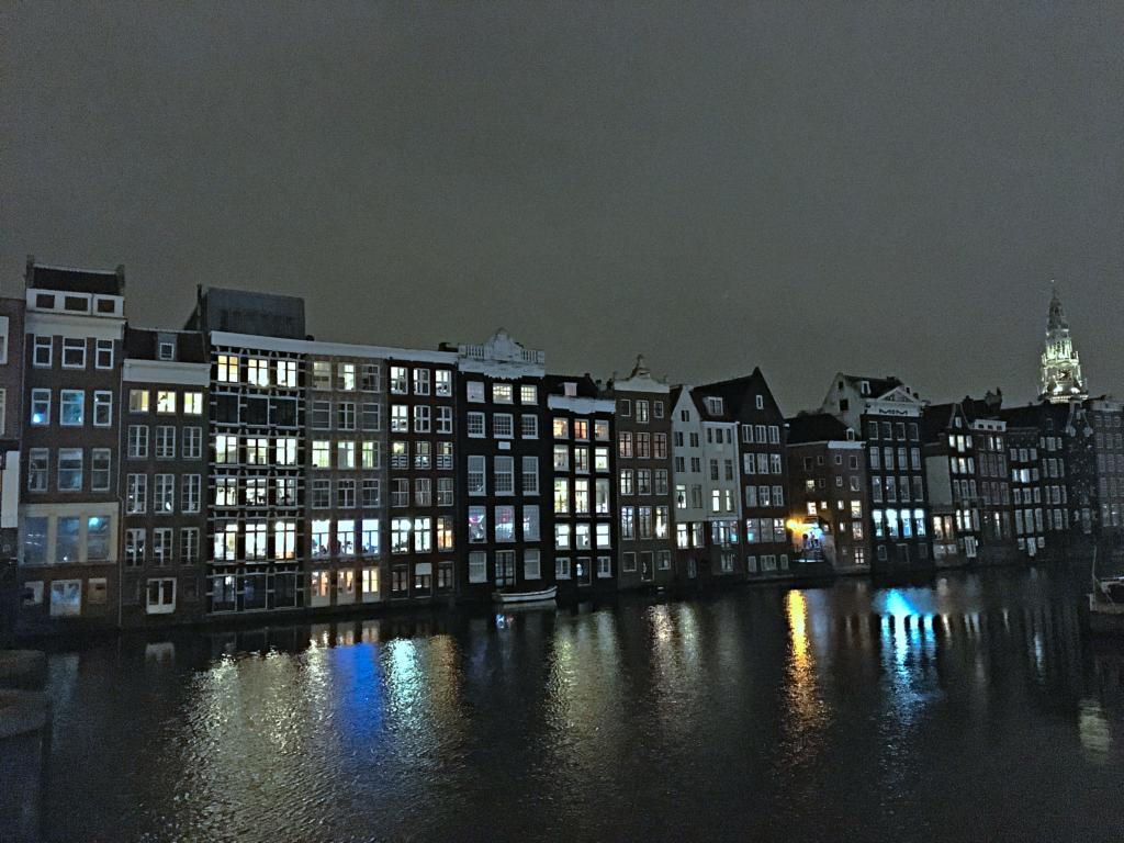 Amsterdam bei Nacht - Wochenende in Amsterdam