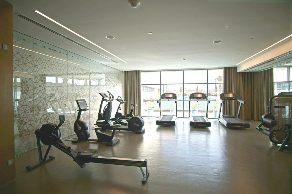 Sundus Rotana - Muscat Stopover Hotel - Fitnessstudio