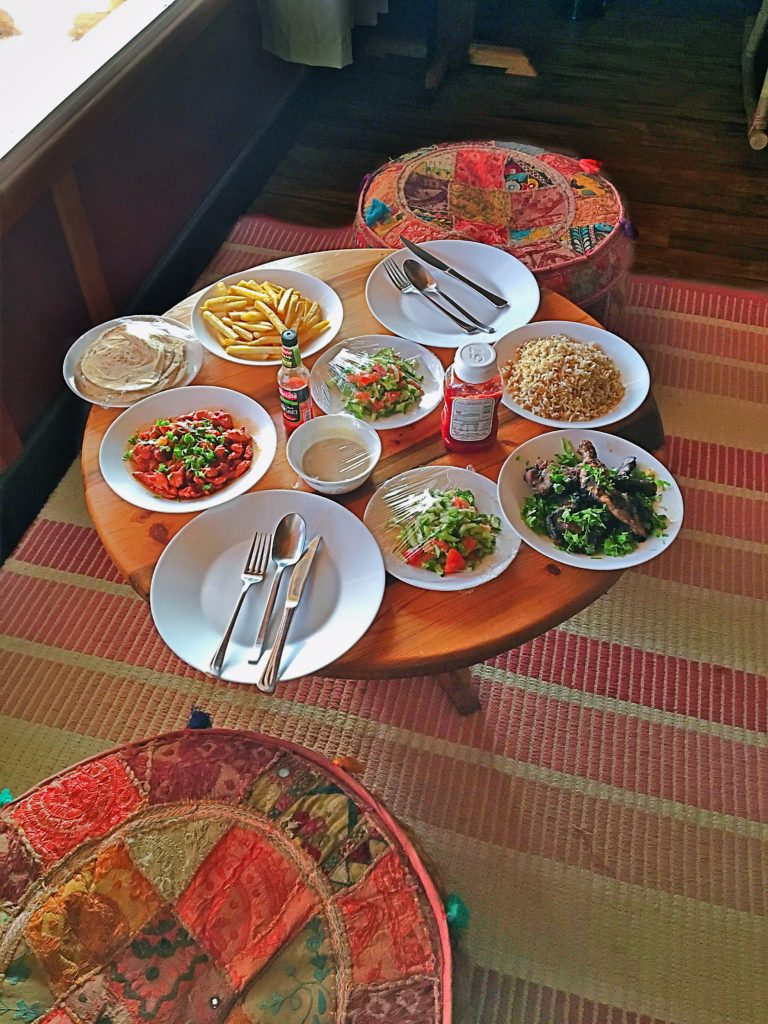 Souly Eco Lodge - Salalah Strandhotel - Restaurant Zimmerservice Essen