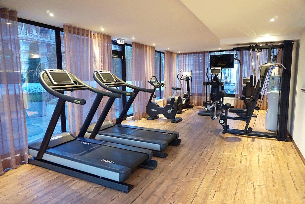 Le Méridien Frankfurt - Zentrales Hotel Frankfurt Trip - Freizeit Fitnessstudio Cardiotraining Krafttraining