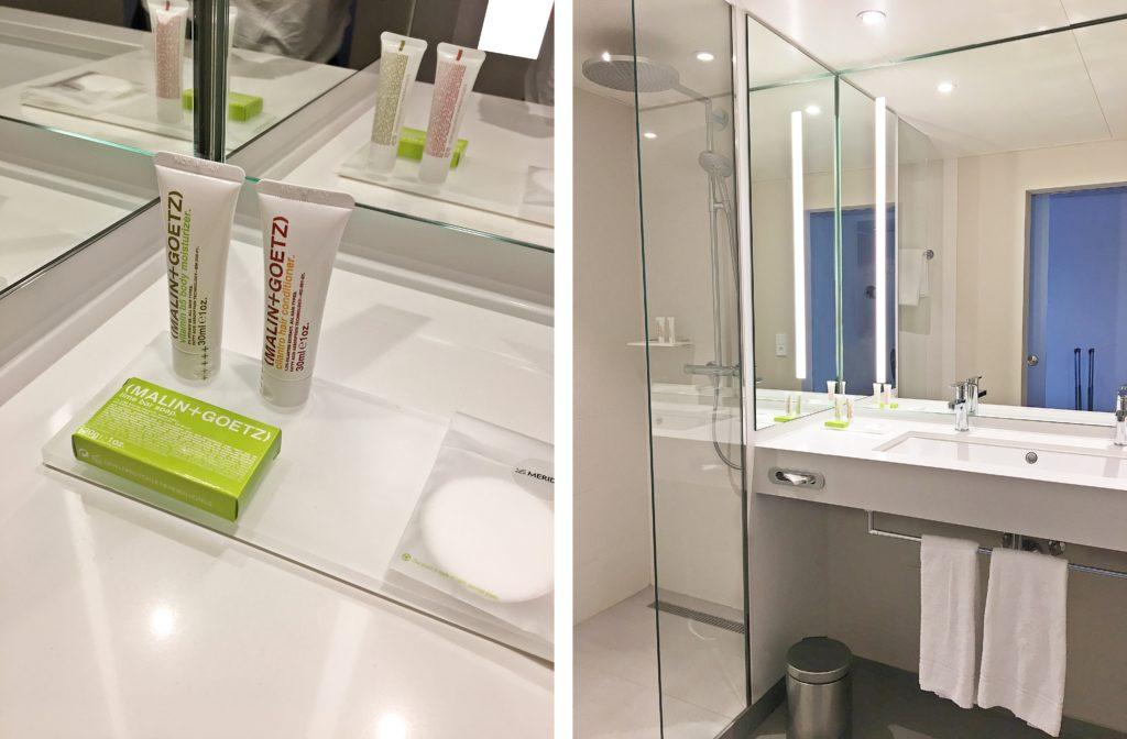 Le Méridien Frankfurt - Zentrales Hotel Frankfurt Trip - Zimmer hell modern renoviert Ausblick Mainhattan - Badezimmer