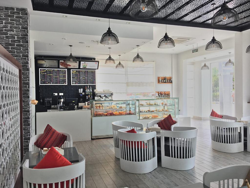 Zaki Hotel Apartments - Sur Ras al Jinz Wadi Shab - Zaki Cafe Restaurant