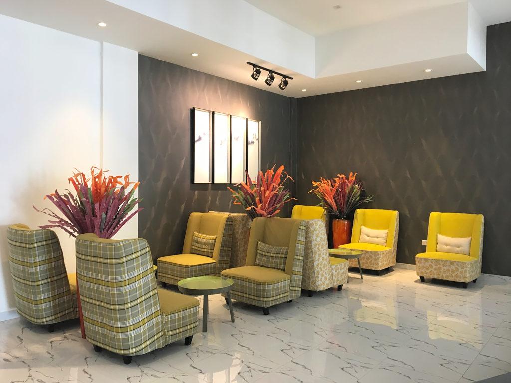 Zaki Hotel Apartments - Sur Ras al Jinz Wadi Shab - Lobby Sitze Sitzbereich