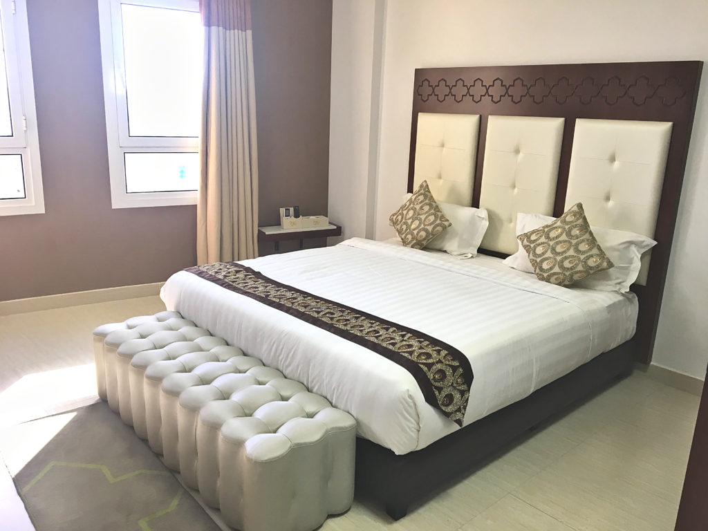Zaki Hotel Apartments - Sur Ras al Jinz Wadi Shab - Zimmer Apartment Bett