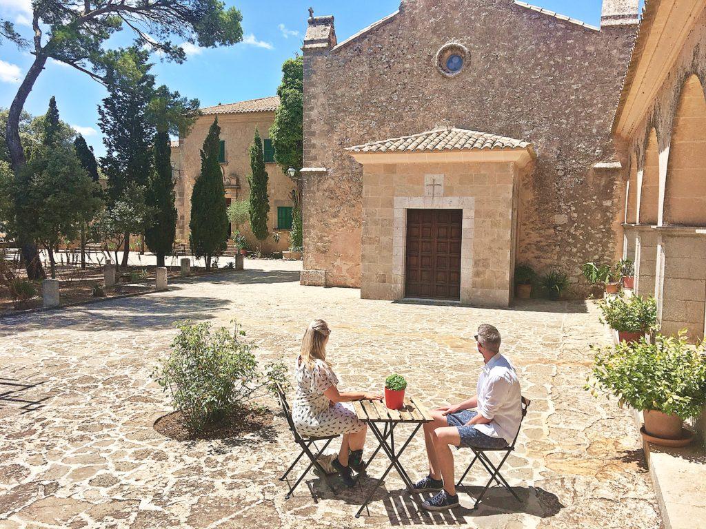 Spanien - Kurztrip MallorcaTagesausflug mit Abwechslung - Kloster Santuari de Cura Kapelle